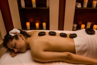 Chakra Hot Stone Massage (Couple Massage) - Tratament / Masaj Forest Retreat & Spa