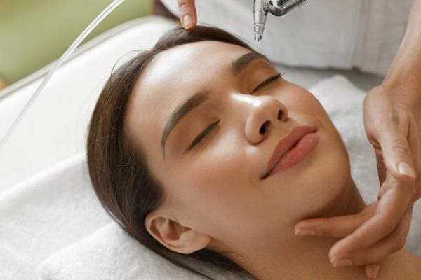 Microderm – Abrazio Facial Massage